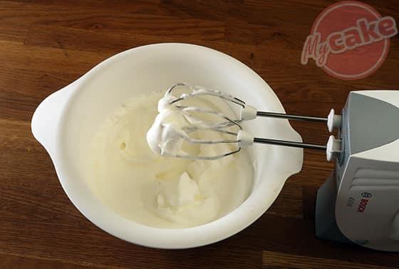 Gâteau Magique - Monter les blancs d'oeuf en neige