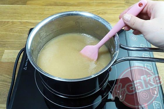 Curd Poire - Mixer les morceaux de poire