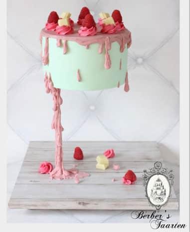 Gravity Cake ou Gâteau Suspendu