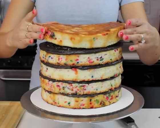 Mettez votre gâteau dessus