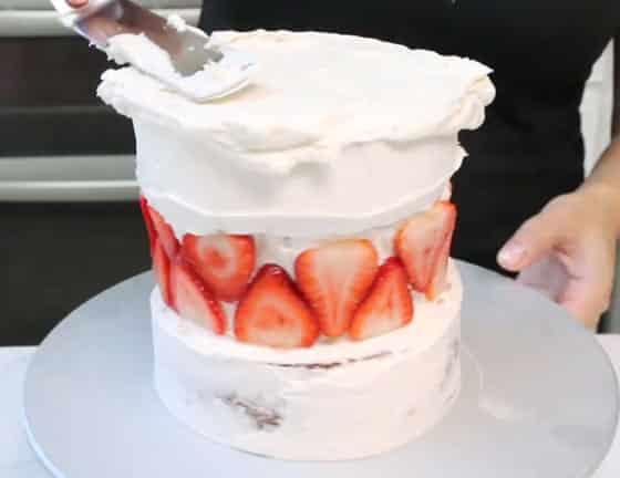 Couvre le dessus du gâteau