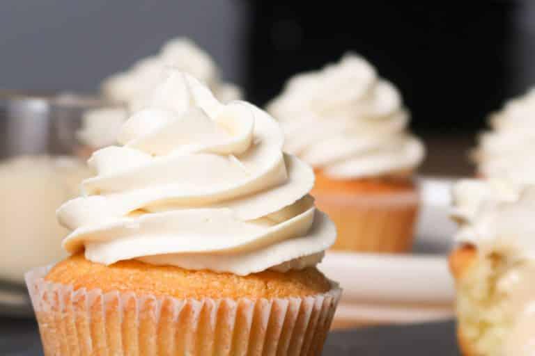 Chantilly Mascarpone - Cupcake recouvert de crème chantilly mascarpone