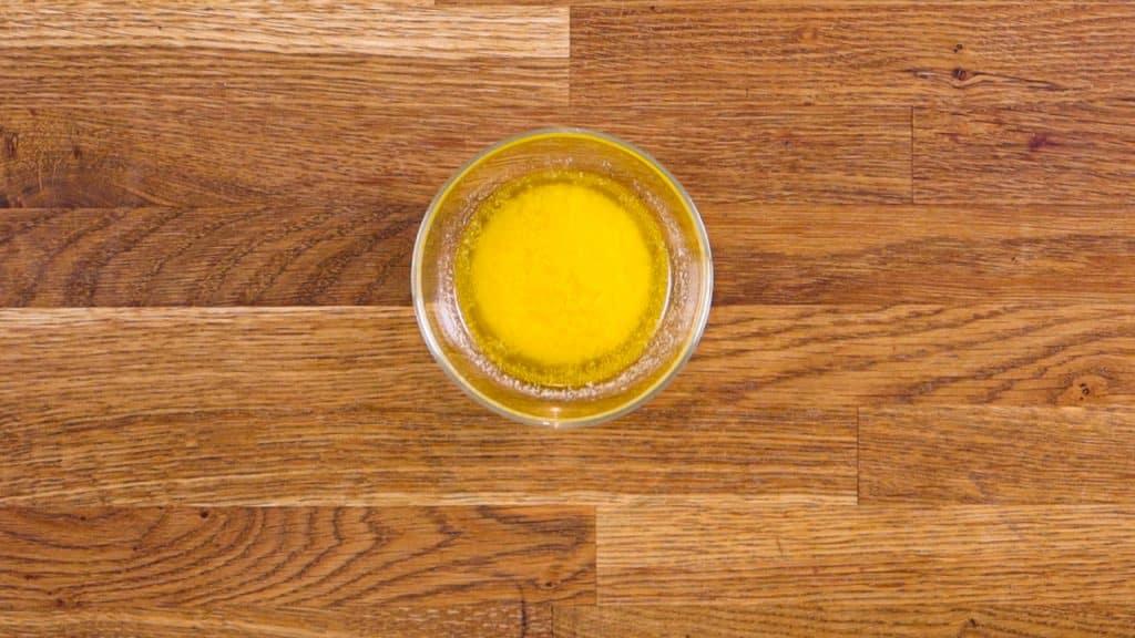 Laissez le beurre refroidir