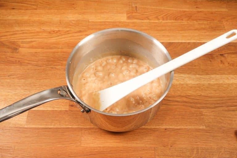 Caramel au beurre salé - Attendre que les bulles partent