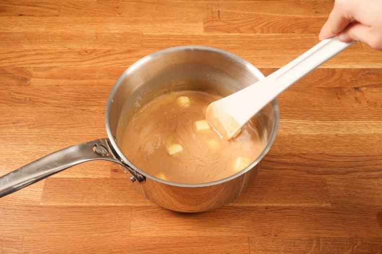 Caramel au beurre salé - Le laisser fondre avec la chaleur résiduelle