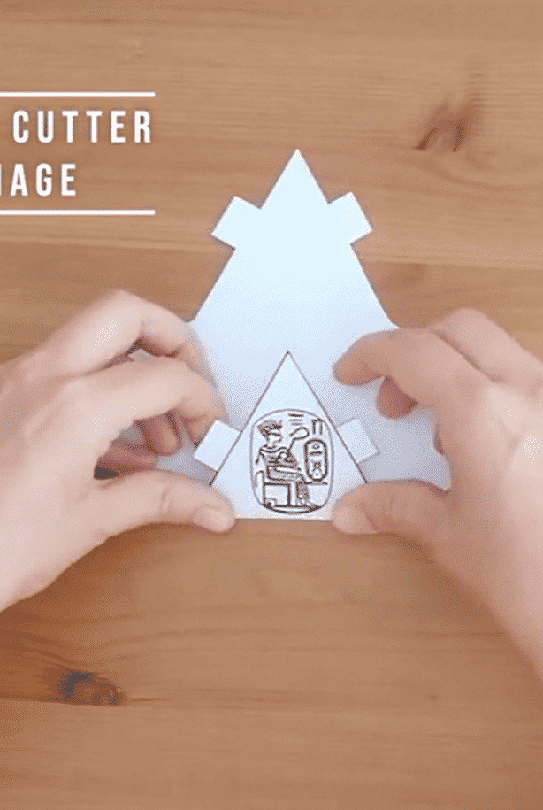 Les pyramides en papier, avec Iza et Ben. 4