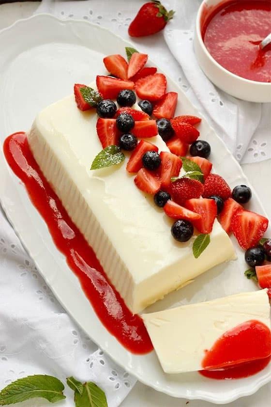 Panna Cotta en gâteau tranché