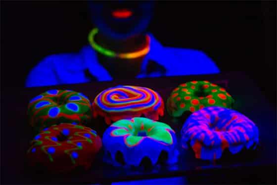 Colorant alimentaire fluorescent