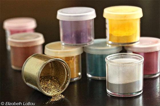 Colorant alimentaire irisé nacré et métallisé