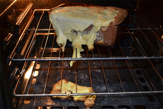 Gâteau raté déborde