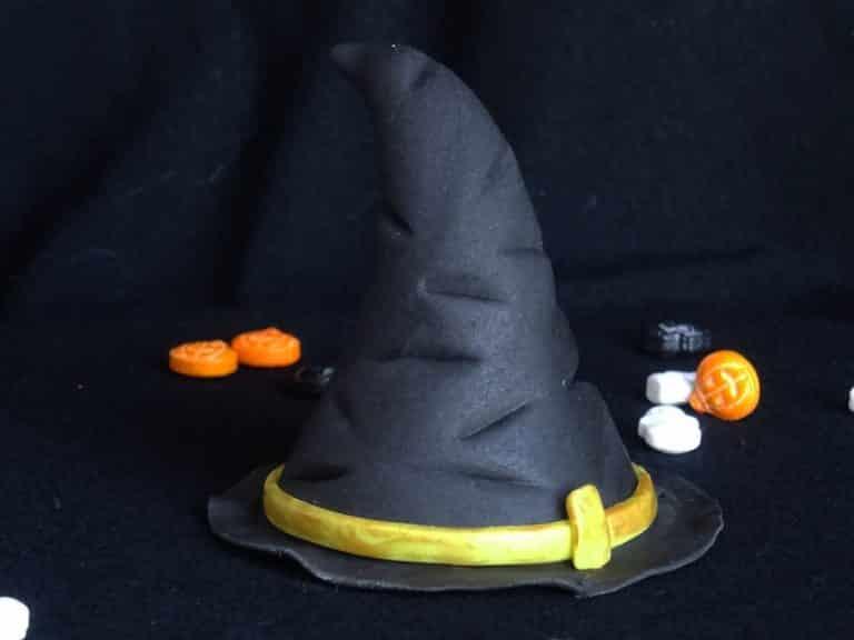 Modeler un chapeau de sorcière