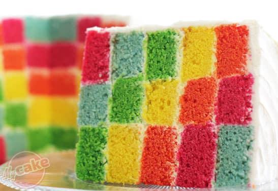 Rainbow Cake, le gâteau arc en ciel remplie d'une multitude de couleurs ! 13